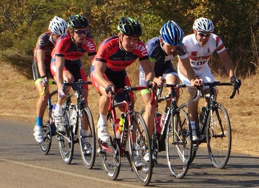 Bestmed-Shukuma Madibaz captain Gerrit Nel (third from right) and teammate Henno Cronjé (second from left) pedal hard en route to overall victory in the team classification at the University Sport South Africa (Ussa) championships in Pretoria last week. Photo: Henk Prinsloo