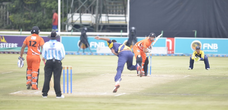 University of Johannesburg batsman Delano Potgieter faces up to a delivery in a Varsity Cricket match. Potgieter is part of the UJ squad which will be contesting the 2018 tournament, starting in Potchefstroom on Monday.