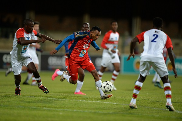 TUT's Katlego Kgetjepe goes on the attack during their Varsity Football match against UP-Tuks on Monday night. Photo: Saspa