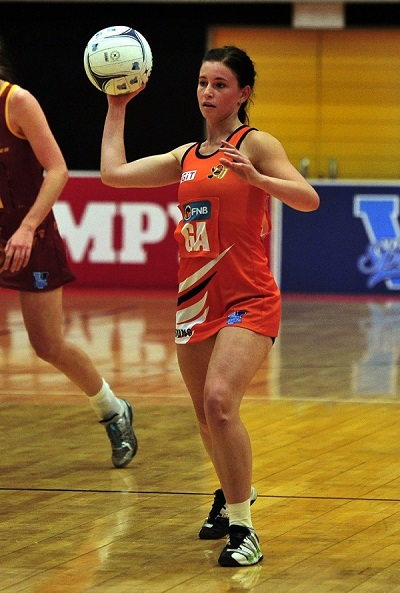 The experienced Kim-Roche Holmes will be a key player for the University of Johannesburg when they start their Varsity Netball campaign in Bloemfontein on August 27.